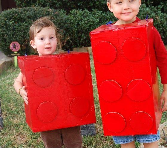 deguisement-recup-carton-enfant-lego-facile-pas-cher