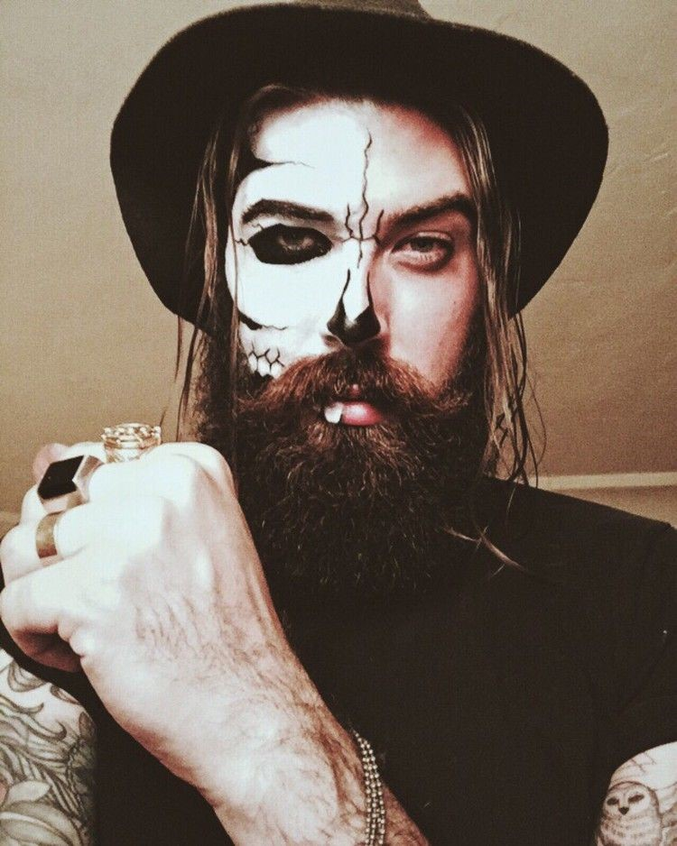 maquillage pour homme avec barbe a halloween