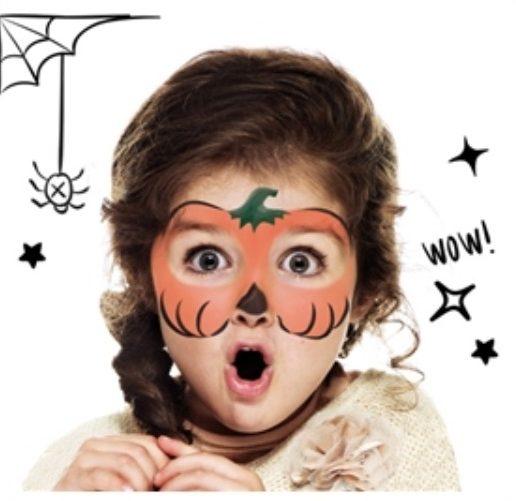 maquillage halloween mignon et facile pour enfant citrouille